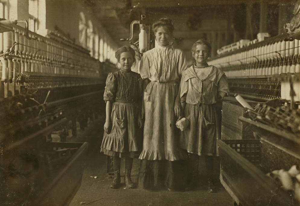 Photograph by Lewis Hine: Rhodes Mfg. Co., Lincolnton, N.C. National Child Labor Committee, November 1908.